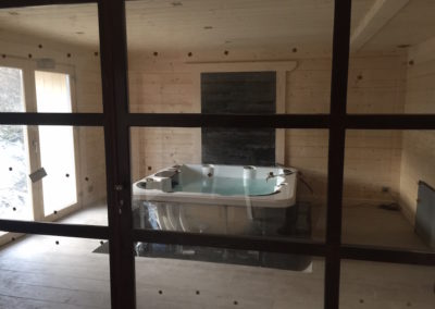 installation-jacuzzi-chalet-spa