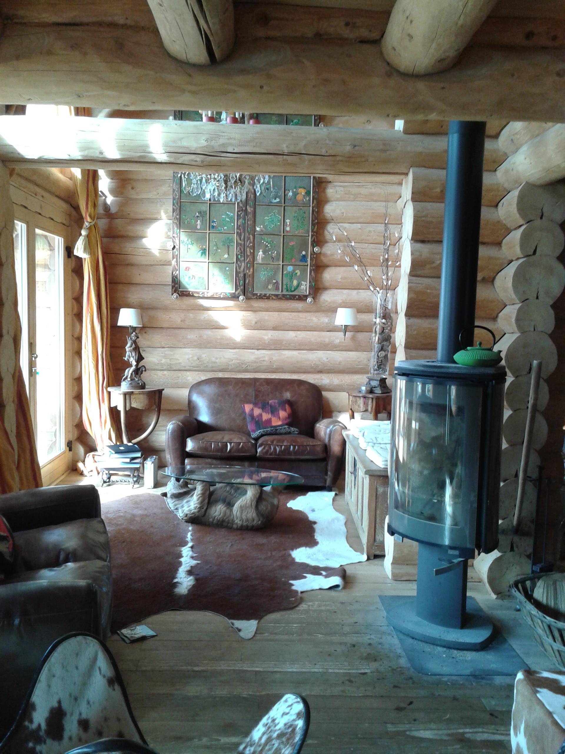 Int rieurs et meubles esprit chalet for Interieur chalet bois