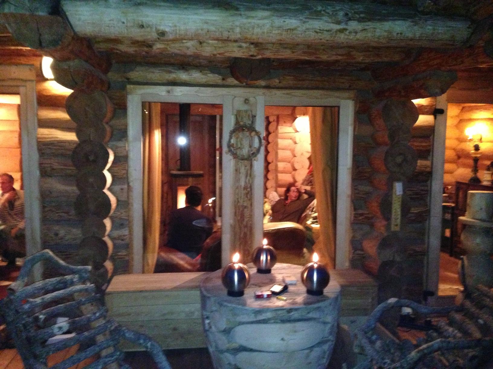 Int rieurs et meubles esprit chalet for Interieur rustique